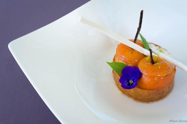 Profiteroles à l'abricot du Roussillon