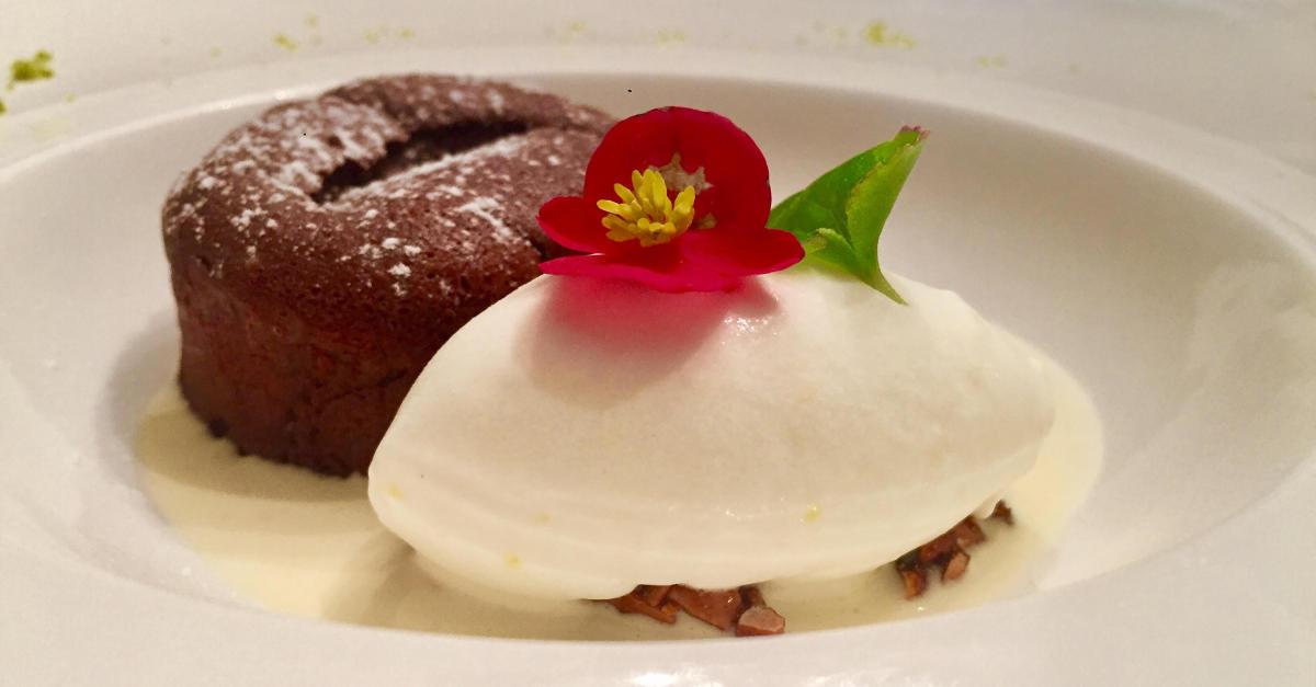 Volcan au chocolat avec son sorbet au citron lien